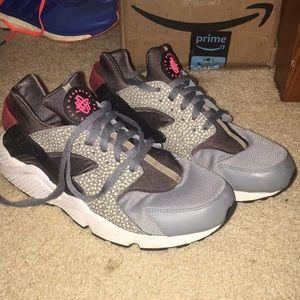 "Nike air huarache ""safari pack"""